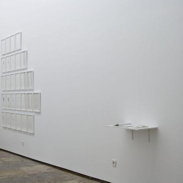 Exposição 'pela superfície', 2013. Galeria 3+1, Lisboa.