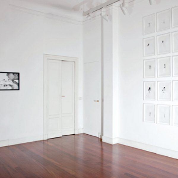 Exposição 'Gesto Mínimo', 2010. Galeria Riccardo Crespi, Milão, Itália. Curadoria Federica Bueti