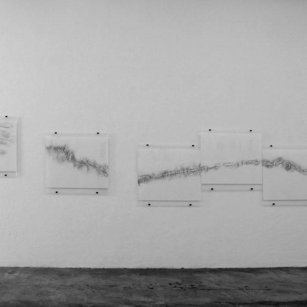 Exposição 'Eu fiz o nada aparecer', 2010. Galeria A Gentil Carioca, Rio de Janeiro.